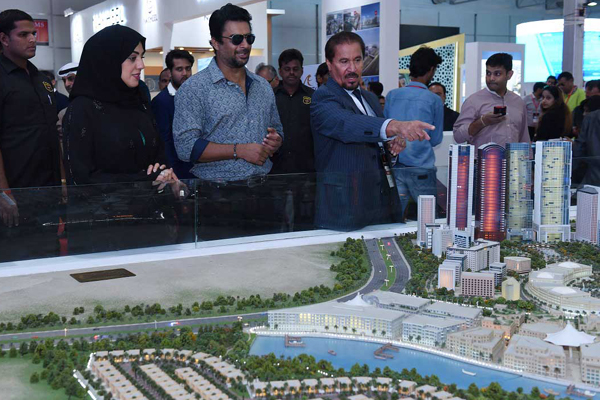 Expo Stand Emirati : Falconcity of wonders draws good response at india expo