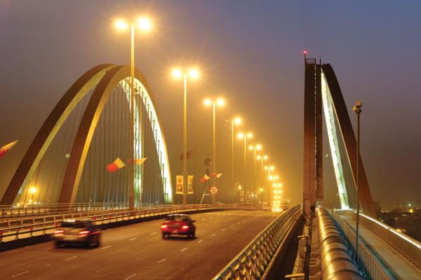 Bahrain economy grows 8 25pc in Q2